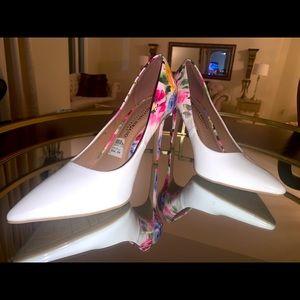 Brand new Christian Siriano Heels.